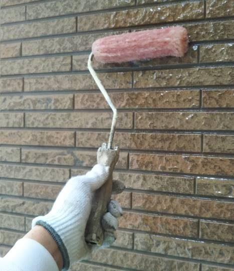 外壁 クリア塗装1回目