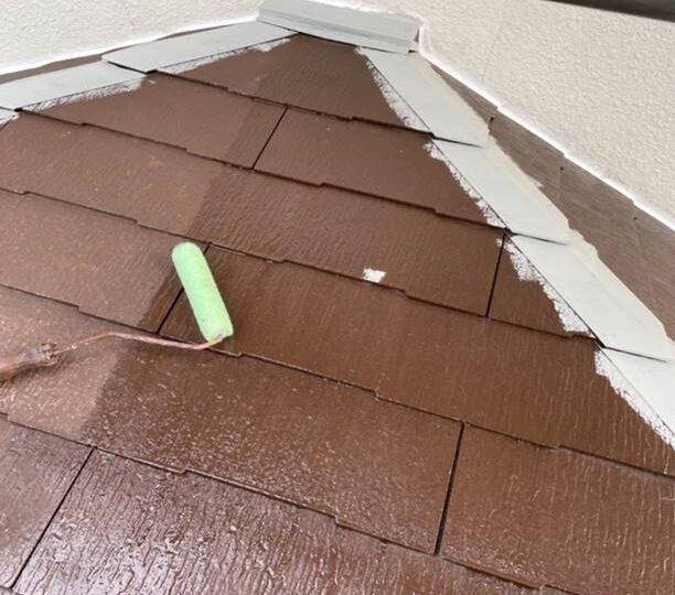下屋根 下塗り